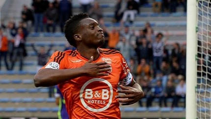 Benjamin Moukandjo celebrates against Troyes.